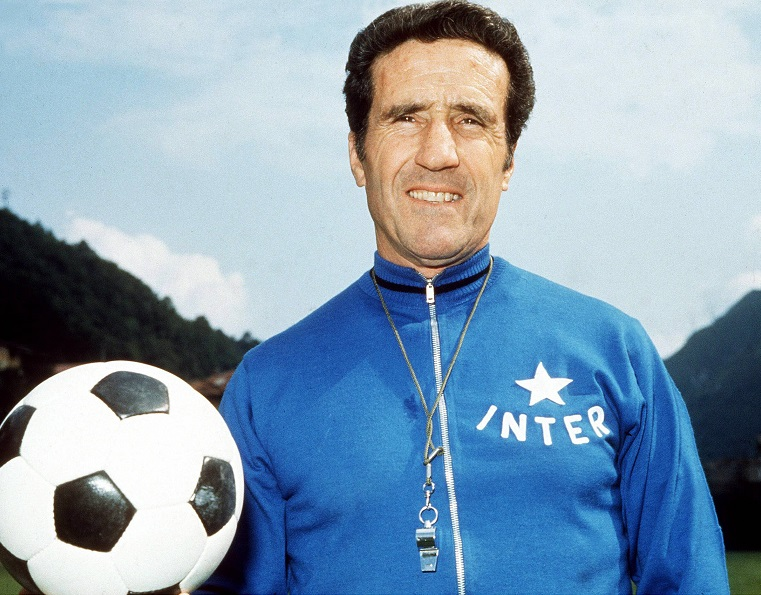 Helenio Herrera, et le football fut
