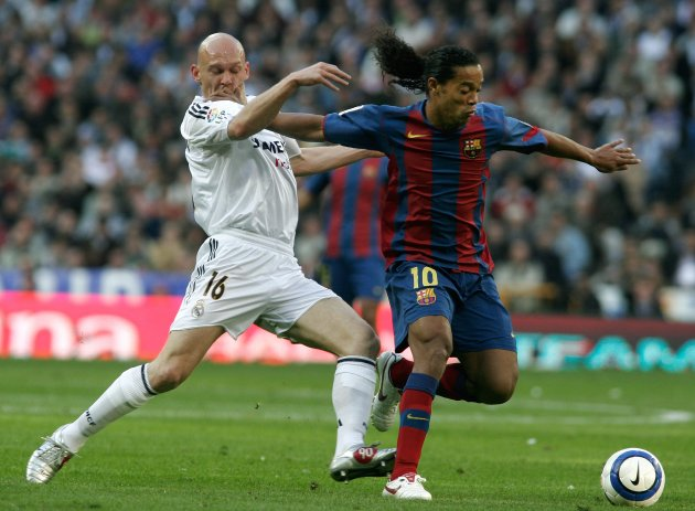 Quand Ronaldinho et Gravesen faisaient danser le Clasico...